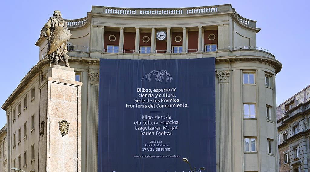 FUNDACION-BBVA-Bilbao-engalanado-Premios-FDC-31.05.19.-02.-1024×570